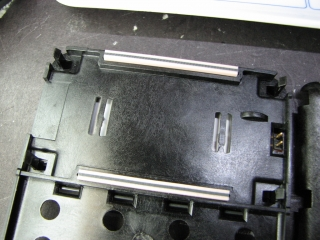 Elastomeric LCD connectors