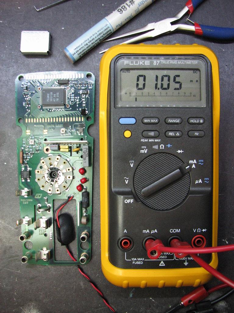 Fluke 26-III Corrosion Repair | Mr  ModemHead