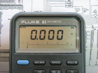 Fluke 83 Digital Multimeter